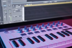 Best MIDI Controller for Logic Pro X of 2021: Complete Reviews With Comparisons