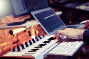 Best MIDI Controller for Reason in 2021: Complete Reviews With Comparisons