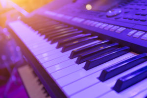 Best MIDI Keyboard Under 200 of 2021: Complete Reviews With Comparisons
