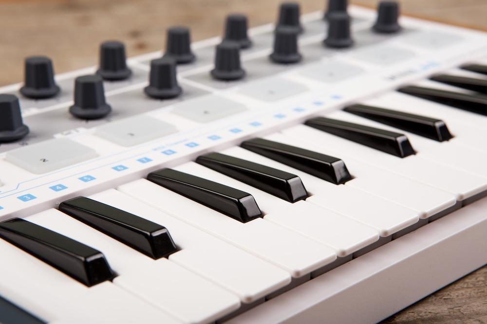 best mini midi keyboard