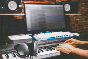 How To Make MIDI Files in Two Ways